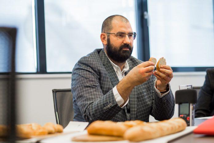 Adrian Hădean, La Lorraine România, Nu arunca painea